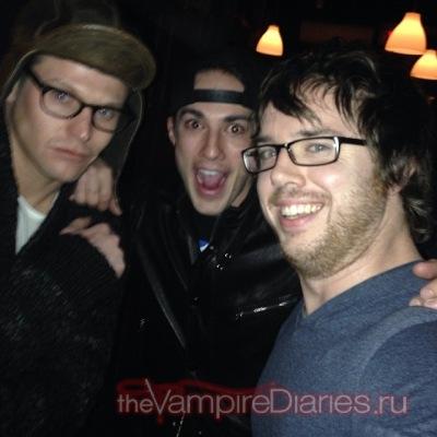 Фото с твиттера Майкла и Зака