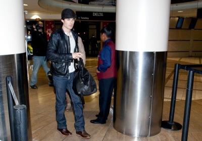 Йен в аэропорту ЛА [8 декабря]