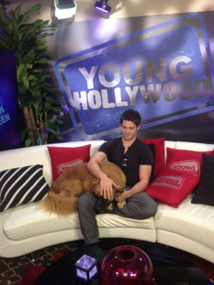 Young Hollywood Studio [27 апреля]