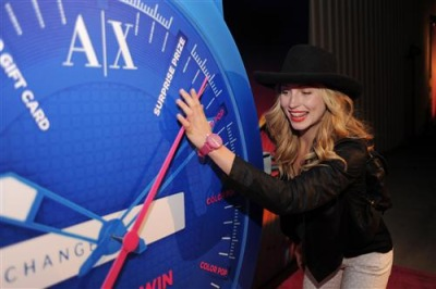 The A|X Armani Exchange & T-Mobile NEON CARNIVAL [14 апреля]