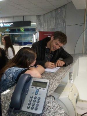 Джо в аэропорту Будапешта [24 апреля]