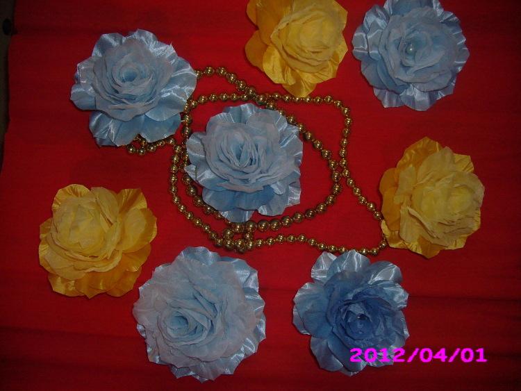 Цветы из органзы и атласа